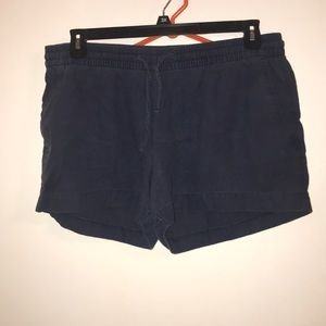 Large old navy shorts
